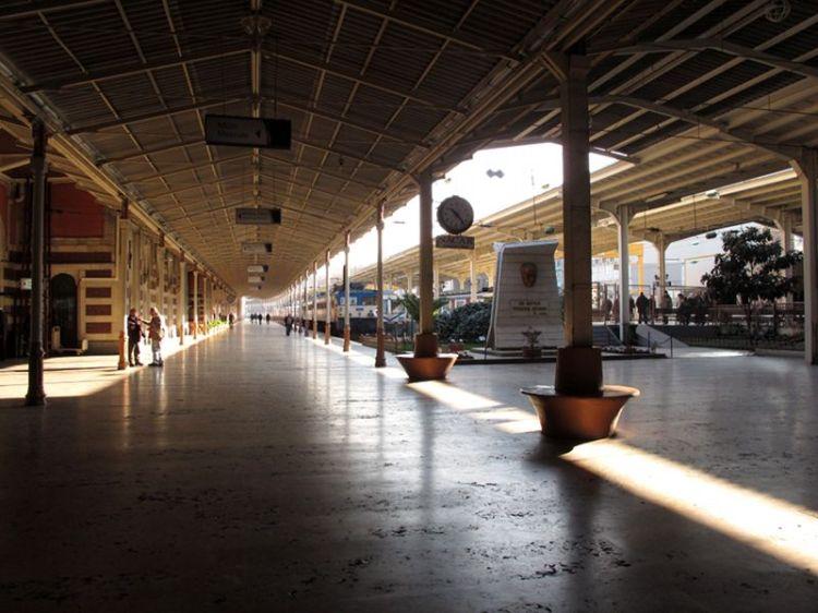Вид вокзала Сиркеджи изнутри
