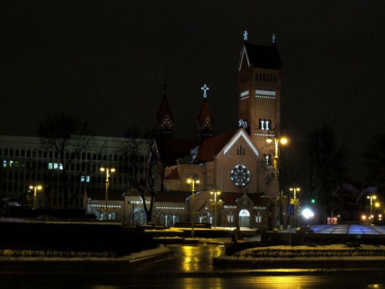 Костел на центральной площади