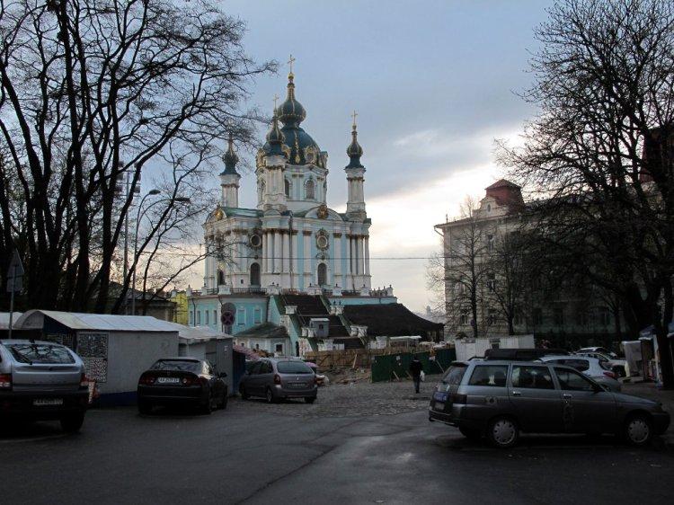 Андреевский спуск закрыт на реставрацию :(