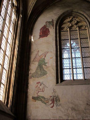 Росписи на стенах собора