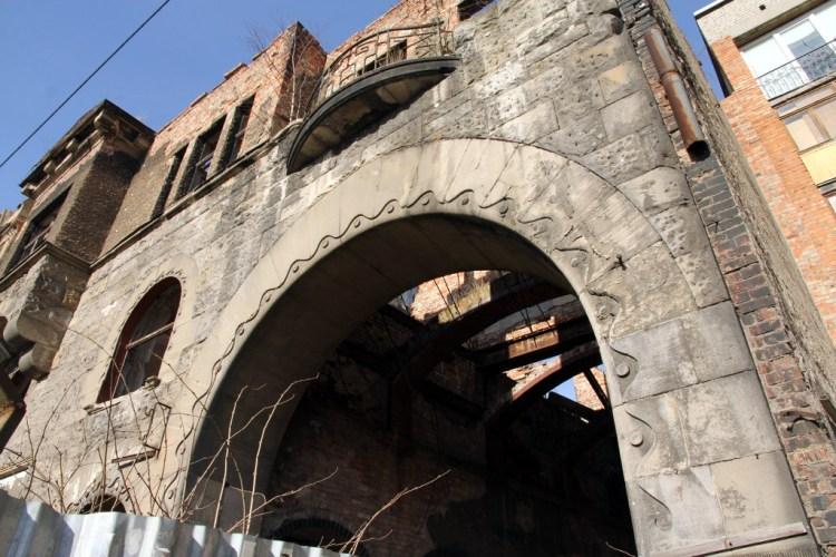 Фрагмент старого дома