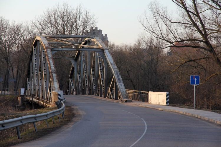 Мост через Инструч
