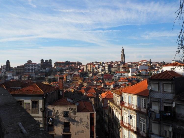 Вид от собора на Порту