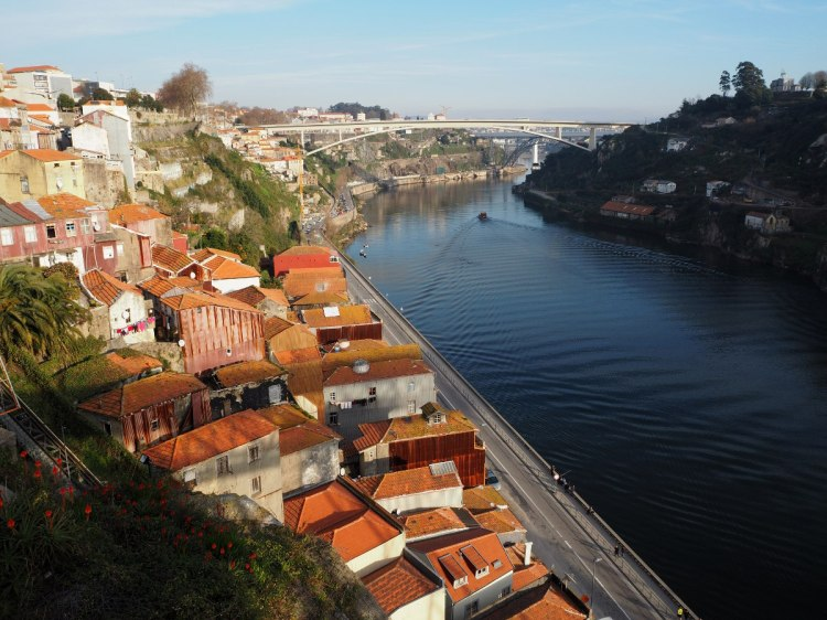 Порту. Вид на мосты